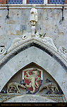 Lion Rampant, Lupa She-Wolf of Siena, Romulus and Remus, Lunette over Door, Palazzo Pubblico, Piazza del Campo, Siena, Italy