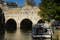Pulteney Bridge over the river Avon, Bath, UK, October 4, 2007. The city of Bath is famed for it's hot springs (the only in the UK) and it's Georgian architecture. The city is a UNESCO World Heritage Site.