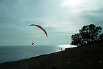 Paraglieder over the coast of Almunecar<br /> <br /> Parapente sobre la costa de Almu&ntilde;ecar<br /> <br /> Gleitschirmflieger &uuml;ber der K&uuml;ste bei Almu&ntilde;ecar<br /> <br /> Original: 35 mm slide transparency
