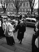 Episcopal Ordination Of Desmond Connell. (R74).1988..06.03.1988..03.06.1988..6th March 1988..Following the death of Archbishop Kevin McNamara in April '87, Pope John Paul II surprisingly nominated Desmond Connell for the position of Archbishop of Dublin. The ordination of Dr Connell took place at the Pro-Cathedral in Dublin...Image shows President Hillery being greeted on his arrival at the Pro-Cathedral for the ordination of dr Desmond Connell.