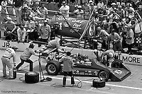 INDIANAPOLIS, IN: AJ Foyt makes a pit stop in his Coyote 75/Foyt TC during the Indianapolis 500 on May 29, 1977, at the Indianapolis Motor Speedway.