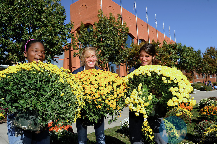 16 OCT 2010: The 2010 NCAA Woman of the year celebration held in Indianapolis, IN.  Stephen Nowalnd/NCAA Photos