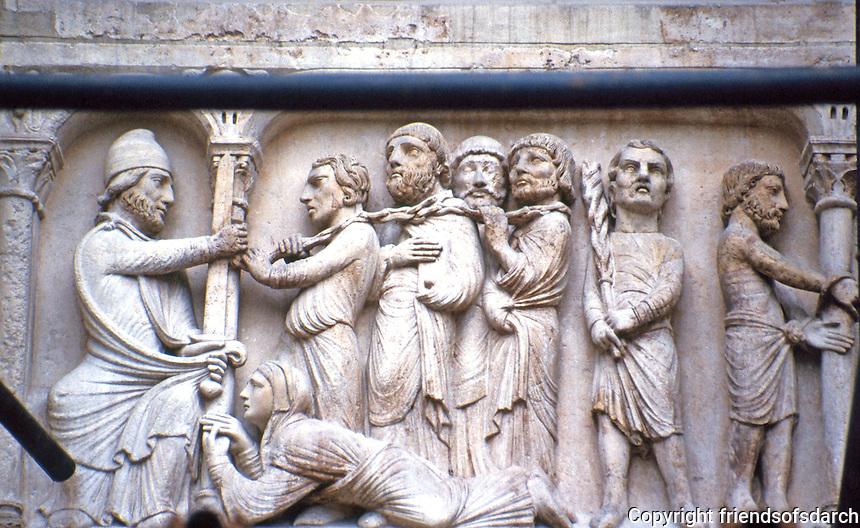 Paris: Abbey of Saint-Denis--North Transept door, detail. Photo '90.