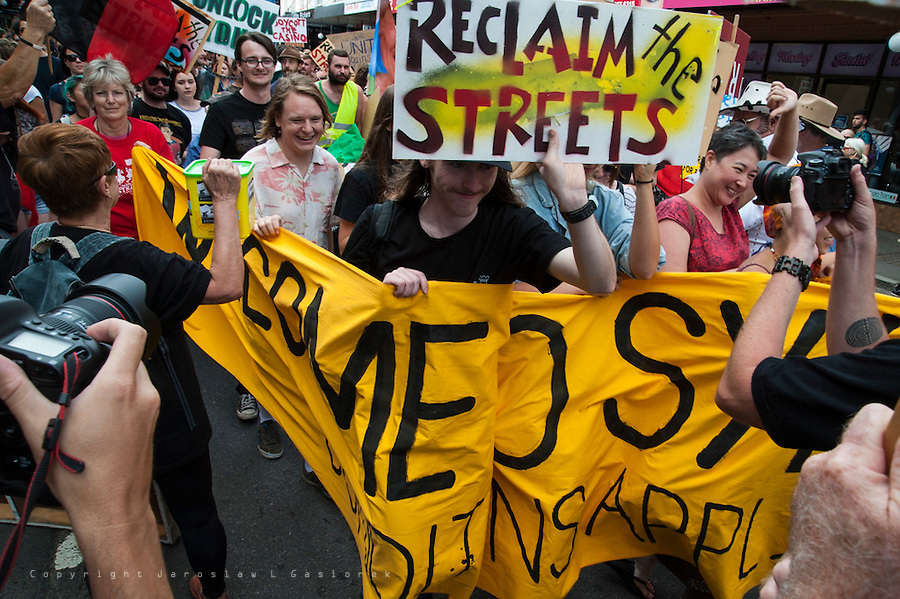 Reclaim The Streets and Rally United Against Racism, Newtown 12.12.15