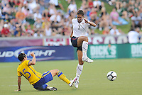 Shannon Boxx #7, Therese Sjogran...USWNT tied Sweden 1-1 at Morison Stadium, Nebraska.