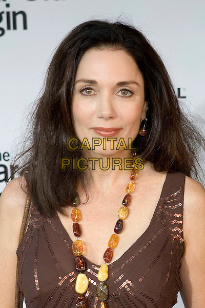 "STEPHANIE KRAMER.""The 40 Year-Old Virgin"" Premiere,.held at The Arclight Cinema,.Los Angeles, 11th August 2005.portrsit headshot brown v-neck gold sequin top amber bead necklace earring.www.capitalpictures.com.sales@capitalpictures.com.© Capital Pictures."