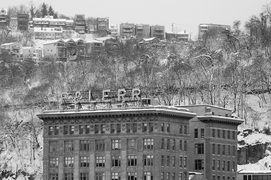 Pittsburgh in Black and White - Grand Concourse, former Pittsburgh and Lake Erie Railroad station