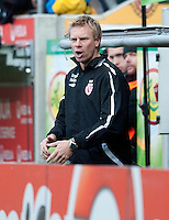 Fussball, 2. Bundesliga, Saison 2011/12, SG Dynamo Dresden - FC Energie Cottbus, Sonntag (11.12.11), gluecksgas Stadion, Dresden. Der Cottbuser Trainer Markus Feldhoff.