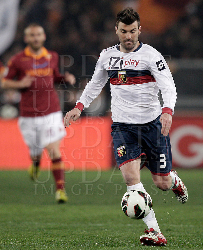 Calcio, Serie A: Roma vs Genoa. Roma, stadio Olimpico, 3 marzo 2013..Genoa defender Cesare Bovo in action during the Italian Serie A football match between AS Roma and Genoa at Rome's Olympic stadium, 3 March 2013..UPDATE IMAGES PRESS/Riccardo De Luca