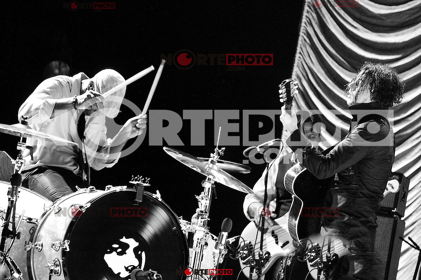 Jack White performs at The Firefly Festival in Dover, Delaware on July 20, 2012 - Kristen Driscoll Photography/Mediapunch/*NORTEPHOTO.COM*<br /> **SOLO*VENTA*EN*MEXICO**<br /> **CREDITO*OBLIGATORIO** <br /> **No*Venta*A*Terceros**<br /> **No*Sale*So*third**<br /> *** No*Se*Permite Hacer Archivo**<br /> **No*Sale*So*third**