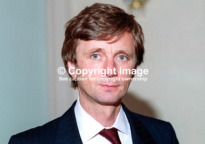 Archy Kirkwood, MP, Liberal Democrat, UK, 19920902AK<br /> <br /> Copyright Image from Victor Patterson, 54 Dorchester Park, Belfast, UK, BT9 6RJ<br /> <br /> t1: +44 28 9066 1296 (from Rep of Ireland 048 9066 1296)<br /> t2: +44 28 9002 2446 (from Rep of Ireland 048 9002 2446)<br /> m: +44 7802 353836<br /> <br /> e1: victorpatterson@me.com<br /> e2: victorpatterson@gmail.com<br /> <br /> The use of any of my copyright images is subject to my Terms &amp; Conditions. It is IMPORTANT that you familiarise yourself with them. They are available at my website, victorpatterson.com.<br /> <br /> None of my copyright images may be used on the Internet unless they are visibly watermarked, i.e. &copy; Victor Patterson within the body of the image. My metadata, denoting my copyright must NOT be deleted. <br /> <br /> Web use is extra at currently recommended NUJ rates. Maximum permitted web size is<br />  400kb. <br /> <br /> Images must not be passed on to a third party - they are for the use of the authorised recipient only.