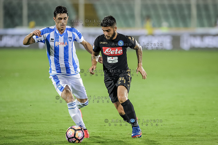 Gaston Brugman (Pescara) and Lorenzo Insigne (Napoli) during the Italian Serie A football match Pescara vs SSC Napoli on August 21, 2016, in Pescara, Italy. Photo by Adamo Di Loreto