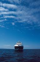 A 98 foot Azimut in Puerto Vallarta, Mexico 4-10-05