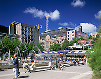 Sweden, Stockholm: Kungstraedgarden (Royal Square) - at city centre | Schweden, Stockholm: Kungstraedgarden (koeniglicher Platz) - grosser Platz im Zentrum