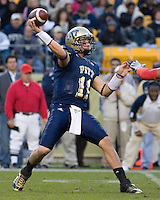 October 25, 2008: Pitt quarterback Bill Stull. The Rutgers Scarlet Knights defeated the Pitt Panthers 54-34 on October 25, 2008 at Heinz Field, Pittsburgh, Pennsylvania.
