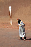 Africa, Morocco, Ouarzazate. Berber man of Ouarzazate.