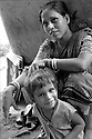 A mother and her child, living on the street of Kolkata