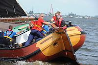 ZEILEN: FRYSLÂN: 2014, SKS skûtsjesilen, skûtsje Gerben van Manen, ©foto Martin de Jong