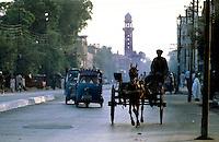 Pakistan   Peshawar   1986.On the road