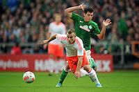 FUSSBALL   1. BUNDESLIGA  SAISON 2012/2013   6. Spieltag   SV Werder Bremen - FC Bayern Muenchen          29.09.2012 Xherdan Shaqiri (FC Bayern Muenchen) vor Zlatko Junuzovic (SV Werder Bremen)