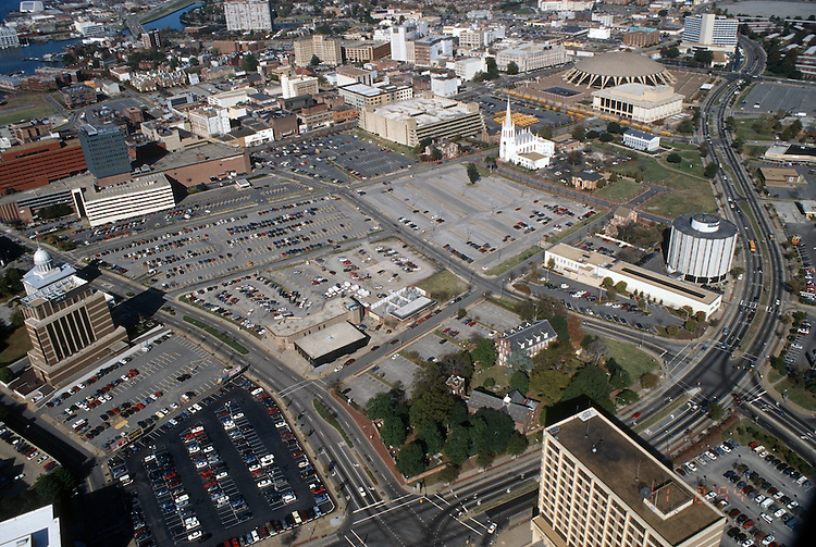 1994 November 09.Redevelopment..Macarthur Center.Downtown North (R-8)..BEFORE.LOOKING WEST...NEG#.NRHA#..