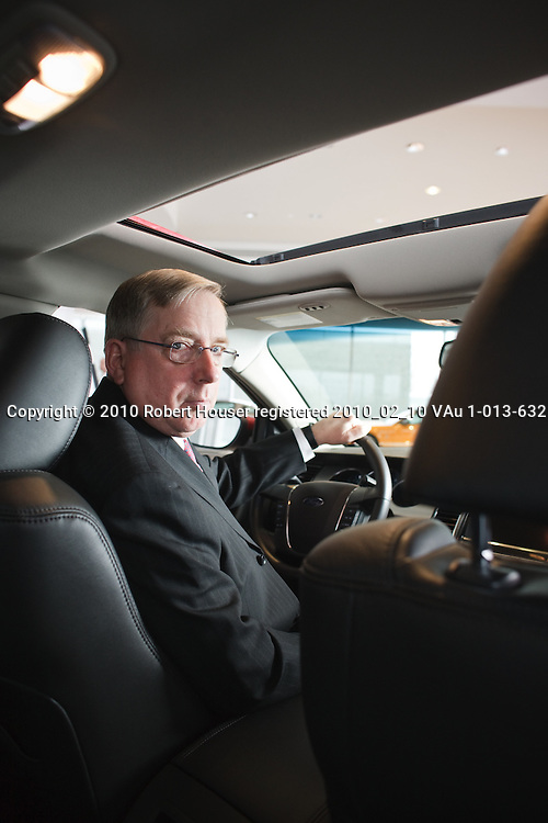 Louis Booth images, CFO - Ford: Executive portrait photographs by San Francisco Bay Area - corporate and annual report - photographer Robert Houser. 2010 pictures.