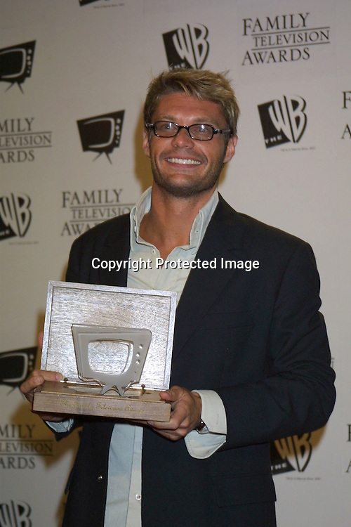 ©2003 KATHY HUTCHINS/HUTCHINS PHOTO.5thANNUAL FAMILY TV AWARDS.BEVERLY HILTON HOTEL.BEVERLY HILLS, CA  8/14/03. RYAN SEACREST