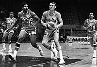 Oakland Oaks ABA Rick Barry against Dallas..<br />(1968 photo/Ron Riesterer)