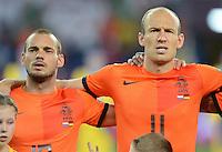 FUSSBALL  EUROPAMEISTERSCHAFT 2012   VORRUNDE Niederlande - Deutschland       13.06.2012 Wesley Sneijder (li) und Arjen Robben (re, beide Niederlande)