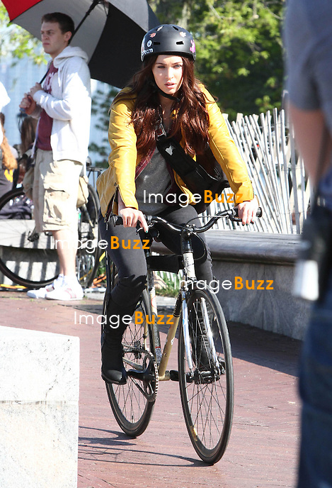 "Megan Fox on the set of "" Teenage Mutant Ninja Turtles "" in New York City. New York, May 10, 2013."