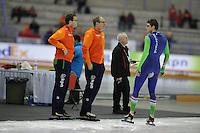 SPEED SKATING: CALGARY: Olympic Oval, 08-03-2015, ISU World Championships Allround, Sven Kramer (NED) in overleg met zijn coach Jac Orie, ©foto Martin de Jong