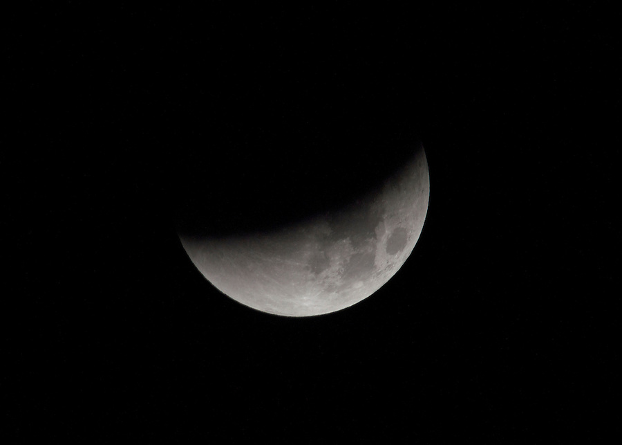 The supermoon Lunar eclipse and blood moon appeared in the sky for the first time in 30 years. The event began at 1.10am on Monday 28th September 2015, the eclipse totalled at 3.11am. The clear sky allowed the moon to be clearly visible creating a beautiful scene which now wont be seen for another 30 years.