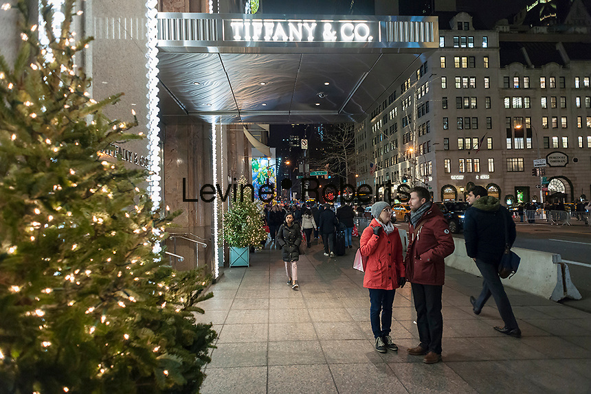 Tiffany & Co. on Fifth Avenue in Midtown Manhattan in New York on Tuesday, December 13, 2016. (© Richard B. Levine)