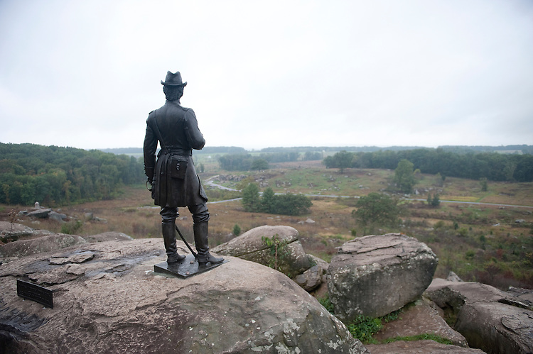 UNITED STATES -Sept 28: Gettysburg National Military Park. A memorial statue of Union General Kemble Warren at the area known as Little Round Top shows Warren as he surveys the crest that proved instrumental in defeating the seasoned Confederates down in the fields and woods below. (Photo By Douglas Graham/Roll Call )