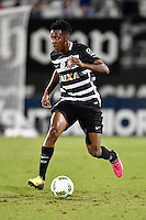Orlando, FL - Saturday Jan. 21, 2017: Corinthians left back Moisés (6) during the first half of the Florida Cup Championship match between São Paulo and Corinthians at Bright House Networks Stadium.