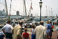 1995 June 05..Redevelopment.Downtown South (R-9)..HARBORFEST.FRIDAY NOON ACTIVITY.WATERSIDE MARINA...NEG#.NRHA#..