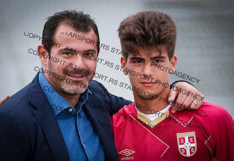 Fudbal Soccer<br /> International Friendly-Prijateljski mec<br /> Srbija U17 v Belorusiaj U17<br /> Stefan Stankovic and his father Dejan Stankovic (L)<br /> Stara Pazova, 20.09.2016<br /> foto: Srdjan Stevanovic/Starsportphoto &copy;