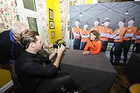 SCHAATSEN: YSBRECHTUM, 23-10-2015, Team4Gold perspresentatie, Ireen Wüst, ©foto Martin de Jong