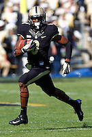 WEST LAFAYETTE, IN - SEPTEMBER 29: Raheem Mostert #8 of the Purdue Boilermakers runs the ball against the Marshall Thundering Herd at Ross-Ade Stadium on September 29, 2012 in West Lafayette, Indiana. (Photo by Michael Hickey/Getty Images) *** Local Caption *** Raheem Mostert