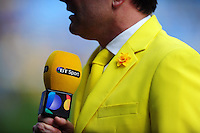 A general view of a BT Sport presenter wearing yellow in support of the Marie Curie charity. Aviva Premiership match, between Wasps and Northampton Saints on April 3, 2016 at the Ricoh Arena in Coventry, England. Photo by: Patrick Khachfe / JMP