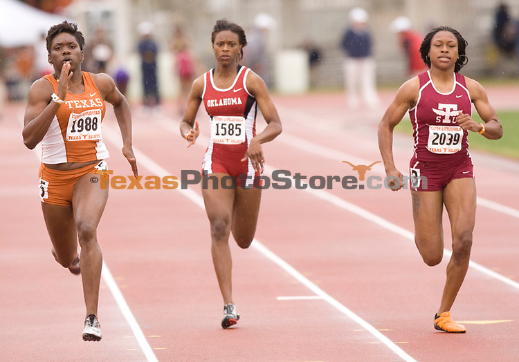 From left to right: Chauntae Bayne, Missy Barnes and Francesca Okwaro.