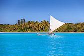 Pirogue en baie d'Upi, Ile des Pins, Nouvelle-Calédonie