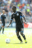 San Jose forward Simon Dawkins (10) in action... Sporting Kansas City defetaed San Jose Earthquakes 2-1 at LIVESTRONG Sporting Park, Kansas City, Kansas.