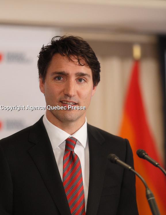 le premier ministre Justin Trudeau  prononce une allocution &agrave; l&rsquo;occasion de la c&eacute;r&eacute;monie de remise du prix Laurent-McCutcheon de la fondation emergence, lundi le 11 mai 2016.<br /> <br /> <br /> The Prime Minister Justin Trudeau deliver remarks at the Laurent-McCutcheon Award Ceremony, Monday May 16, 2016,<br /> <br /> PHOTO :  Agence Quebec Presse