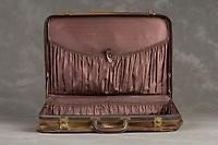 Willard Suitcases / Ethel T B / ©2014 Jon Crispin