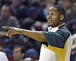 Seattle SuperSonics Ray Allen points to an open Los Angeles Clippers's player in the second period on Friday, April 14, 2006 at the Key Arena in Seattle.  . Jim Bryant Photo. &copy;2010. All Rights Reserved.