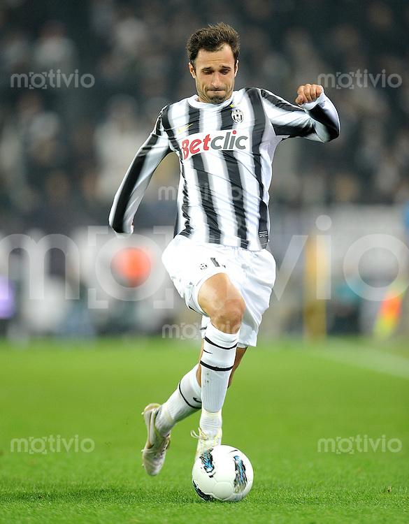 FUSSBALL INTERNATIONAL   SERIE A   SAISON 2011/2012    Juventus Turin - Genua  22.10.2011 Mirko Vucinic (Juventus Turin)