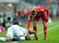 FUSSBALL   1. BUNDESLIGA  SAISON 2011/2012   23. Spieltag  26.02.2012 FC Bayern Muenchen - FC Schalke 04        Jefferson Farfan (FC Schalke 04) am Boden und Franck Ribery (re, FC Bayern Muenchen)