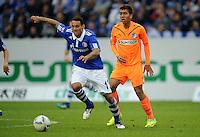 FUSSBALL   1. BUNDESLIGA   SAISON 2011/2012    11. SPIELTAG FC Schalke 04 - 1899 Hoffenheim                            29.10.2011 Jermaine JONES (li, Schalke) gegen Roberto FIRMINO (re, Hoffenheim)