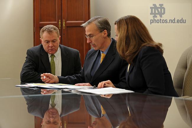Vice President of Finance John Sejdinaj meets with staff...Photo by Matt Cashore/University of Notre Dame